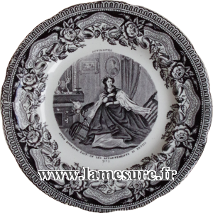 Grande et encombrante crinoline du Seconde Empire XIXe siècle